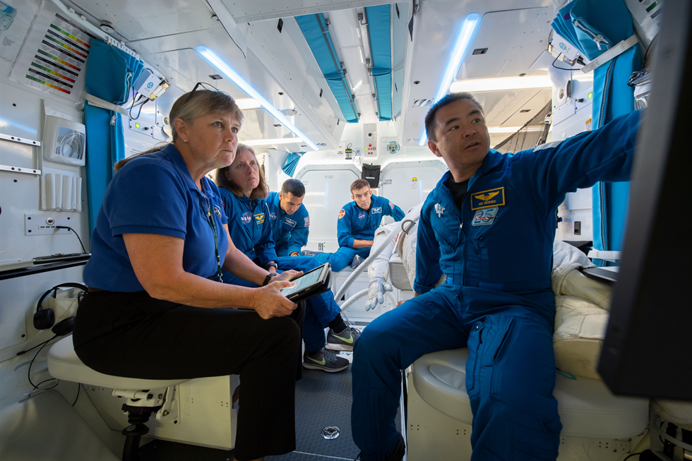 A team of NASA Johnson Space Center engineers and astronauts in Building 29 performed tests the week of June 25 to help refine NASA's requirements for the design of a deep space habitat—one of several elements comprising the Gateway.